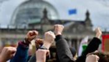 Erstwähler: Was soll sich nach der Bundestagswahl ändern?