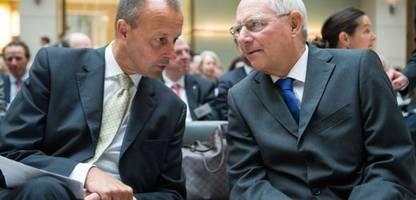 Wolfgang Schäuble riet Friedrich Merz zu besserer Antwort, ob ein Homosexueller Kanzler werden kann