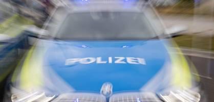 Polizei durchsucht mehrere Wohnungen wegen Hasskriminalität