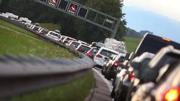 Pendler: Auto bleibt in Deutschland klare Nummer 1 für die Fahrt zur Arbeit