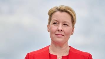 2G-Debatte in Berlin: Giffey fordert Ausnahme für Kinder unter 12 Jahren