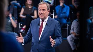 """Nach Baerbock und Scholz - Heute stellt sich Armin Laschet in der ARD-""""Wahlarena"""" den Fragen der Bürger"""