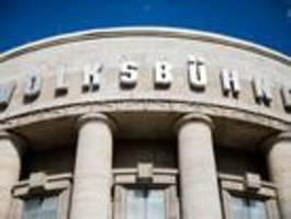 Impfgegner stören Volksbühnen-Wiedereröffnung in Berlin