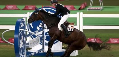 Reitsport in der Diskussion: »Es ist eine Sauerei, was die mit dem Pferd anstellt.«