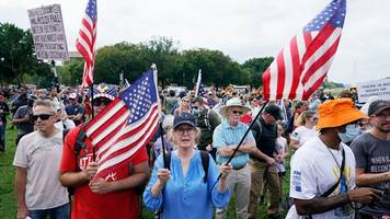 washington: einige hundert teilnehmer bei pro-trump-demo am us-kapitol