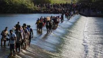 Migrantenstrom: USA planen mehr Abschiebeflüge