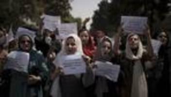 afghanistan: journalistin bezeichnet situation der frauen als beunruhigend