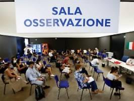 Corona-Pass für Berufstätige: Italiener drängen nach Dekret auf Impfung