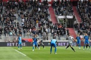 fußball: fc st. pauli nach klarem heimsieg wieder tabellendritter