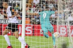Späte Tore bescheren Real Sieg in Valencia