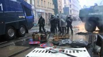 linx-demo in leipzig: oberbürgermeister jung verurteilt gewalt