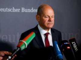 Wahlkampf: Laschet greift Scholz hart an