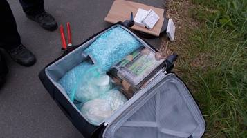 Bremen: 25-Jähriger ist mit 20 Kilogramm Drogen unterwegs