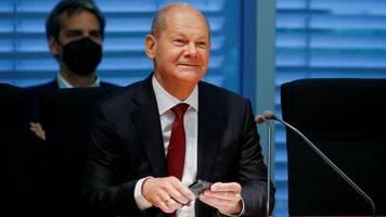 nach razzia: olaf scholz verteidigt sich – und überrascht finanzausschuss