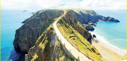 Die schönste Kanalinsel ist zugleich die skurrilste