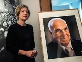 Projekt nimmt Arbeit auf: Witwe plant Klage gegen Kohl-Stiftung