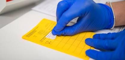 Corona-Impfung: Private Krankenversicherer beraten über Tarife für Ungeimpfte