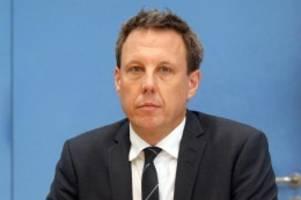 Parteien: SPD-Herausforderer Losse-Müller will Günther schlagen