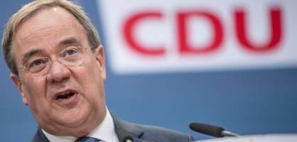 Armin Laschet warnt weiterhin vor Rot-Rot-Grün