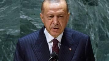 Corona in Deutschland   Vor Corona-Gipfel – Erdogan kritisiert Impf-Nationalismus