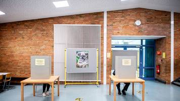 Bundestagswahl: Mehr Wahlkabinen in einigen Städten geplant