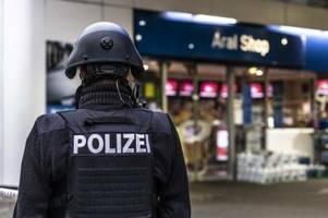 Kassierer in Streit um Maskenpflicht Idar-Oberstein erschossen