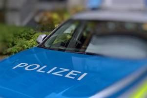 unbekannte person beschädigt büro der linkspartei in augsburg