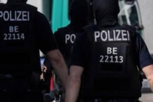 Gesundheit: Polizei ahndete mehr als 21.000 Verstöße gegen Corona-Regeln