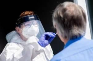 Robert-Koch-Institut: Corona: 10.454 Neuinfektionen - Inzidenz bei 65,0