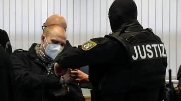 Briefe von Polizistin an Halle-Attentäter: Regierung äußert sich erstmals