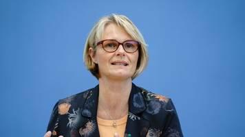 Bundesregierung: Positive Zwischenbilanz bei Wasserstoff-Strategie