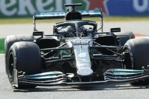 Titelkampf im Batmobil: Hamilton unter Druck