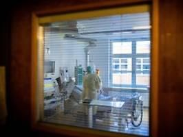 rki meldet 10.696 neuinfektionen: inzidenz sinkt, zahl der todesfälle steigt