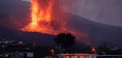 Deutsche auf La Palma: Explosionen lassen ständig Türen und Fenster klappern