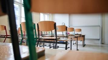 Bildungseinrichtung - Illegale Schule: Betreiberin wohl aus Querdenker-Szene