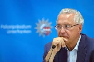Nach Mord in Idar-Oberstein: Innenminister Herrmann warnt vor Querdenker-Szene