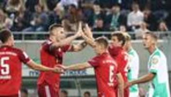 Bundesliga, 6. Spieltag: FC Bayern siegt trotz langer Unterzahl in Fürth