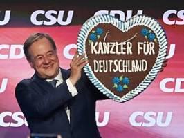 Schlusskundgebung der Union: Laschet: Ich bin nicht Angela Merkel