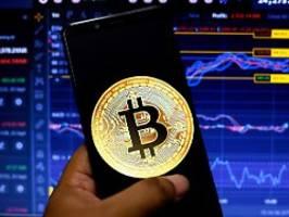 Bitcoin bricht ein: China verbietet Geschäfte mit Kryptowährungen