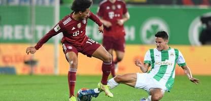 Fußball-Bundesliga: Bayern München schlägt mutiges Fürth nach Rot gegen Pavard