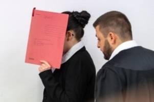 Terrorismus: Nebenklage fordert Verurteilung von mutmaßlicher Terroristin