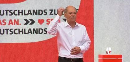 Olaf Scholz spricht bei Abschlusskundgebung der SPD in Köln
