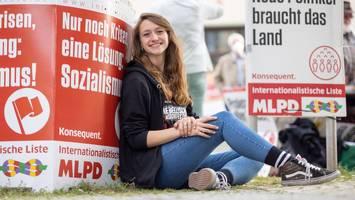 """bundestagswahl - adelige kandidiert für die kommunisten: """"ich hab' klassenverrat begangen"""""""