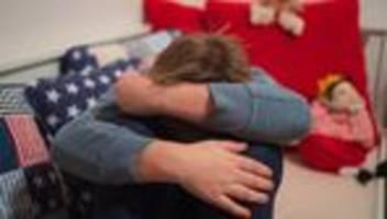 Depression bei Kindern und Jugendlichen: Wenn Kinder plötzlich traurig sind