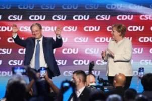 Bundestagswahl: Wahlkämpfer im Schlussspurt - Laschet und Merkel in Aachen