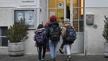 Corona und Schule in Österreich: Die Familien werden hängen gelassen