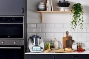Küchenmaschine: Thermomix explodiert: Frau erleidet Verbrennungen im Gesicht