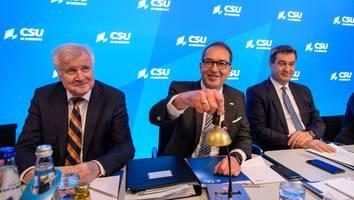 Bundestagswahl  - Bei einer Wahlniederlage von Laschet könnten Dobrindt und Söder alles verlieren