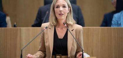 Erste Rücktrittsforderungen an Parteichef Armin Laschet