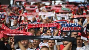 Geringe Inzidenz: Leipzig darf Stadion wieder mehr füllen